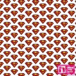 62727 TEJIDO ESTAMPADO LOGO SUPERMAN () 1.50 M. ALG 100%. 180 HILOS. BLANCO VENTA EN PZAS. DE 10 M. APRO